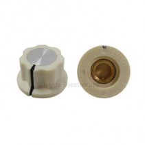 Boss Style Cream Knob 20x12mm