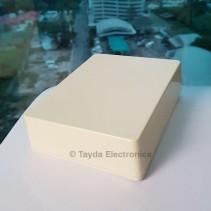 1590BB Style Aluminum Diecast Enclosure CREAM